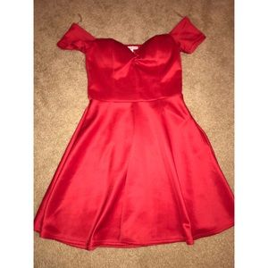 Sweetheart red silk date night off shoulder dress